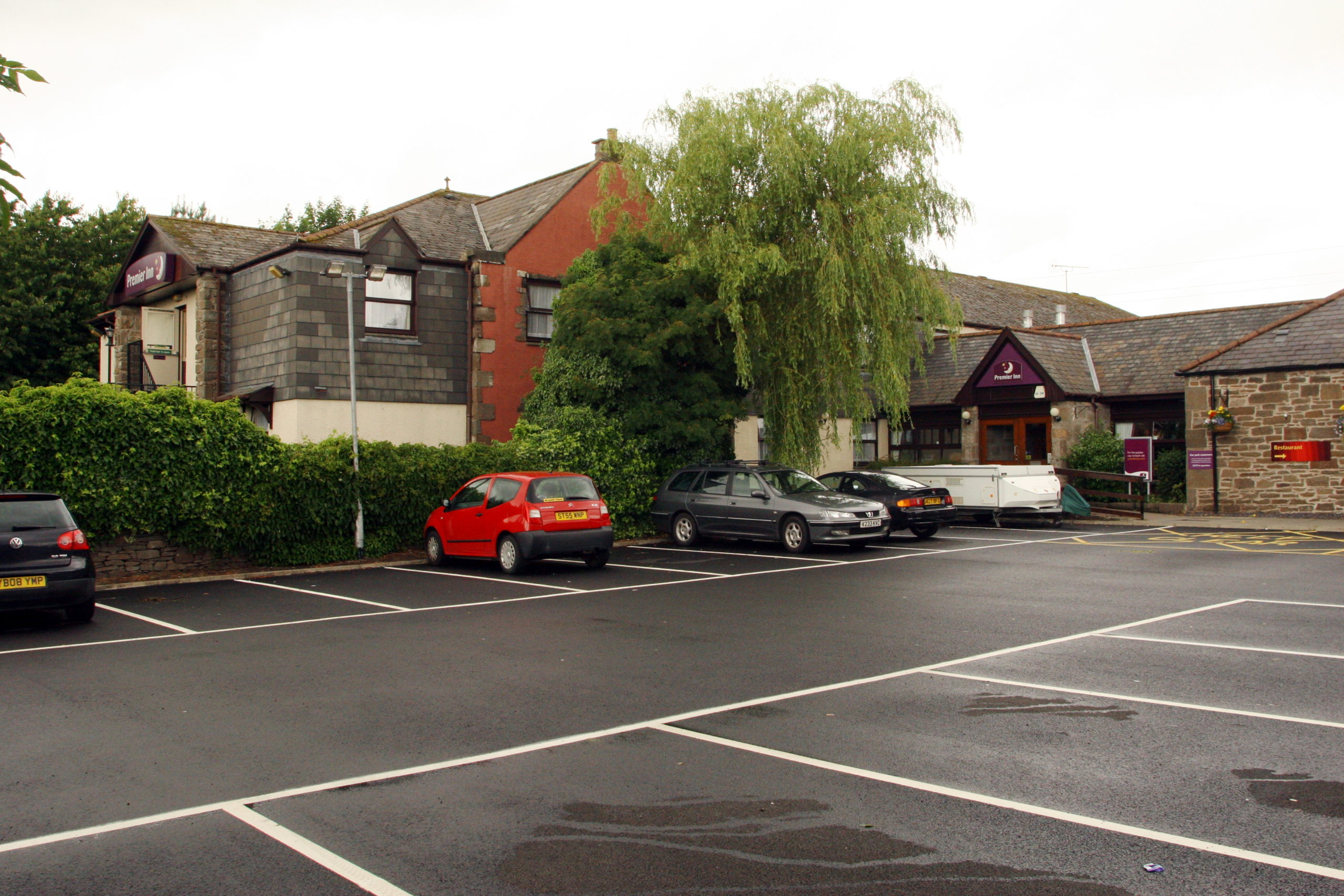 Christopher Hardie struggled with cops in the car park of the Premier Inn Kingsway West.
