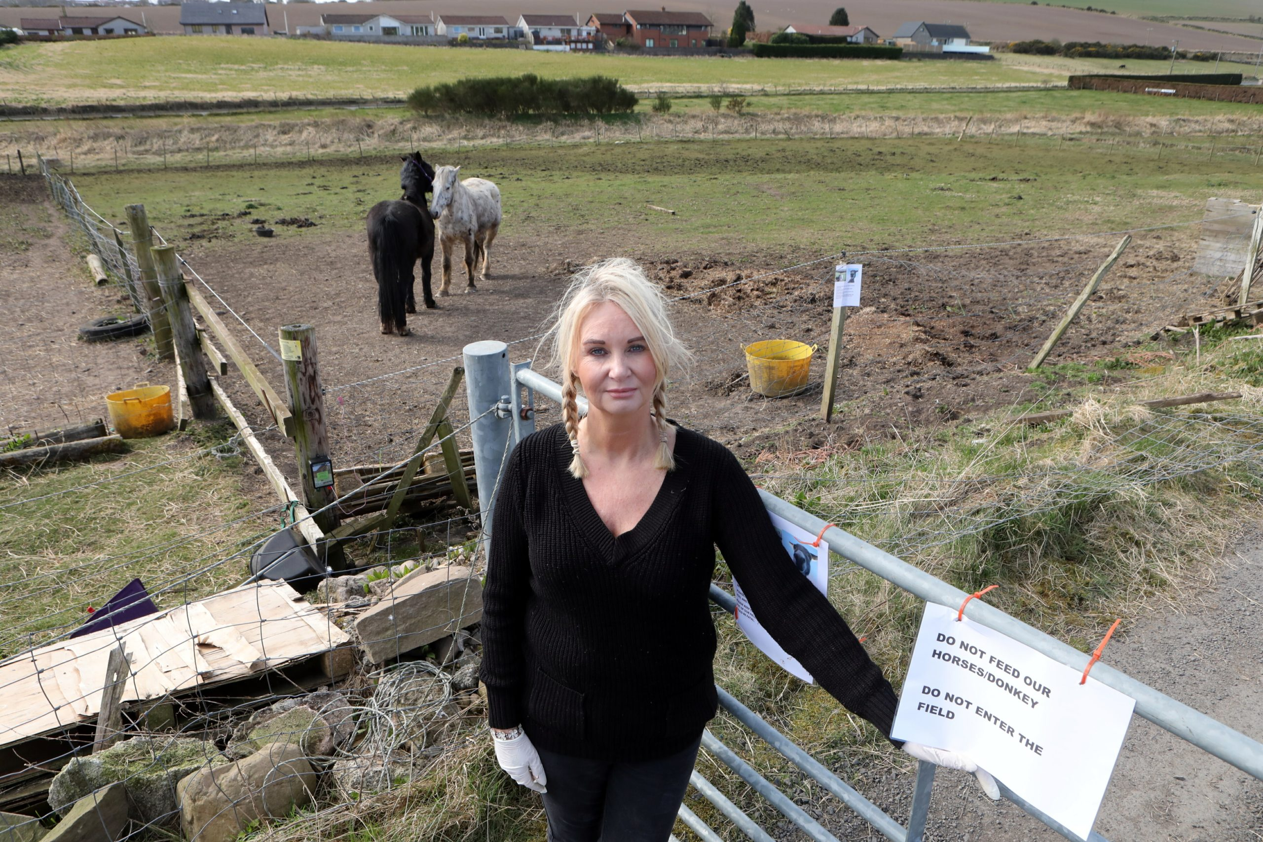 Michelle Hunter is concerned about an influx of visitors to Bridgefoot, north of Dundee.