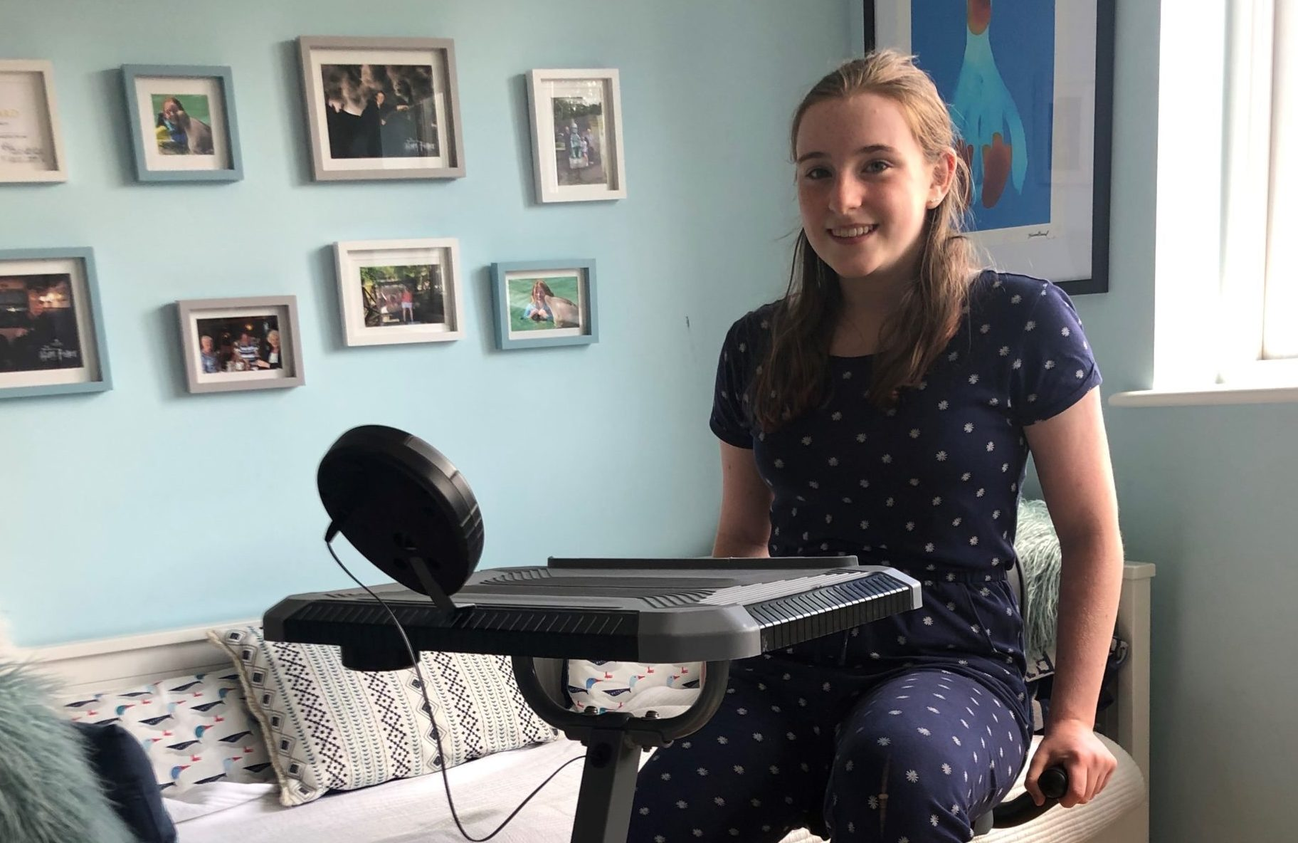 Hannah Topen is virtually cycling from Wimbledon to Dundee to raise money for NHS Charities.