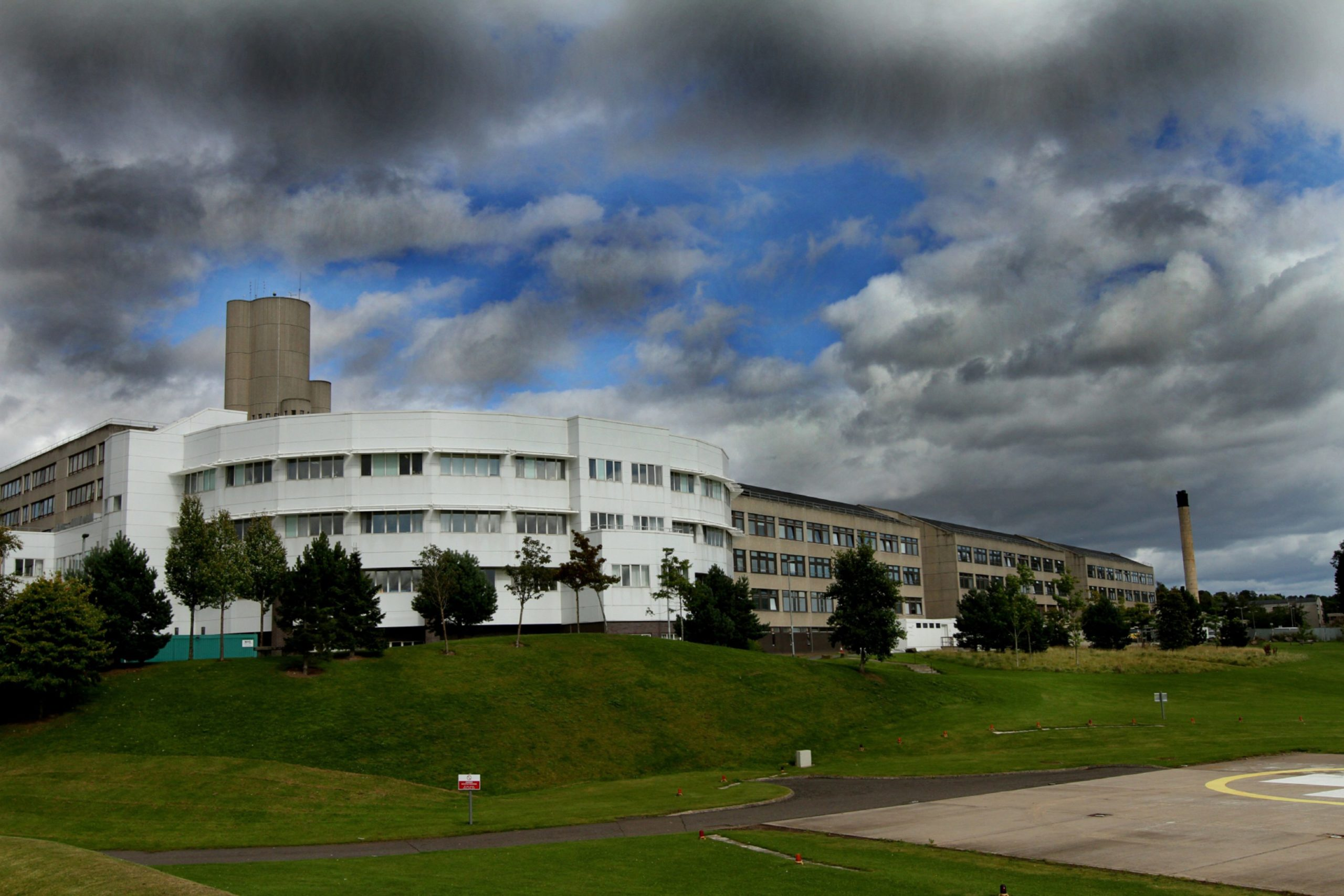 Medical students usually have placements at Dundee's Ninewells Hospital. Photo by Gareth Jennings/DCT Media.