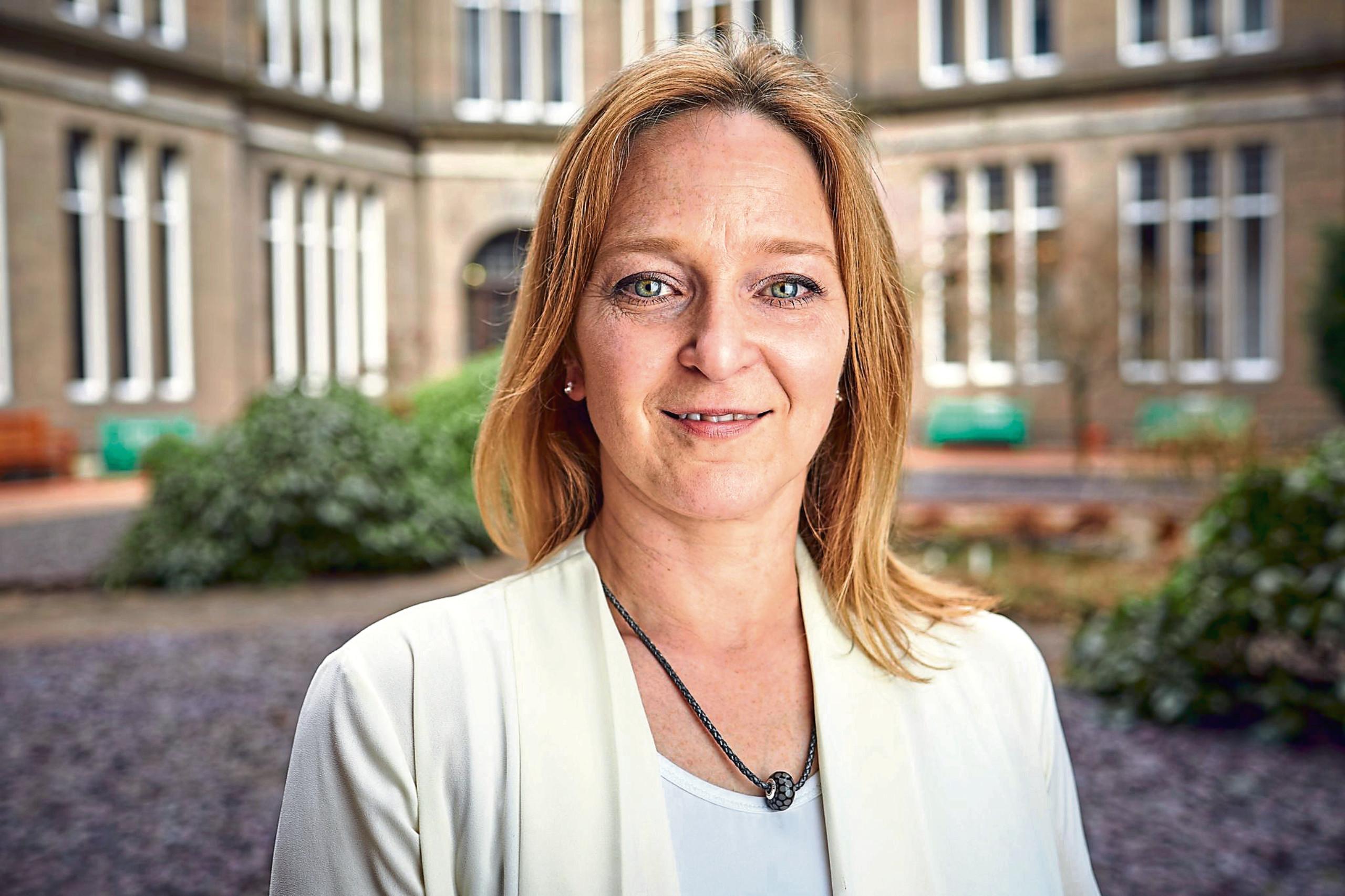 Dr Paula Forbes.