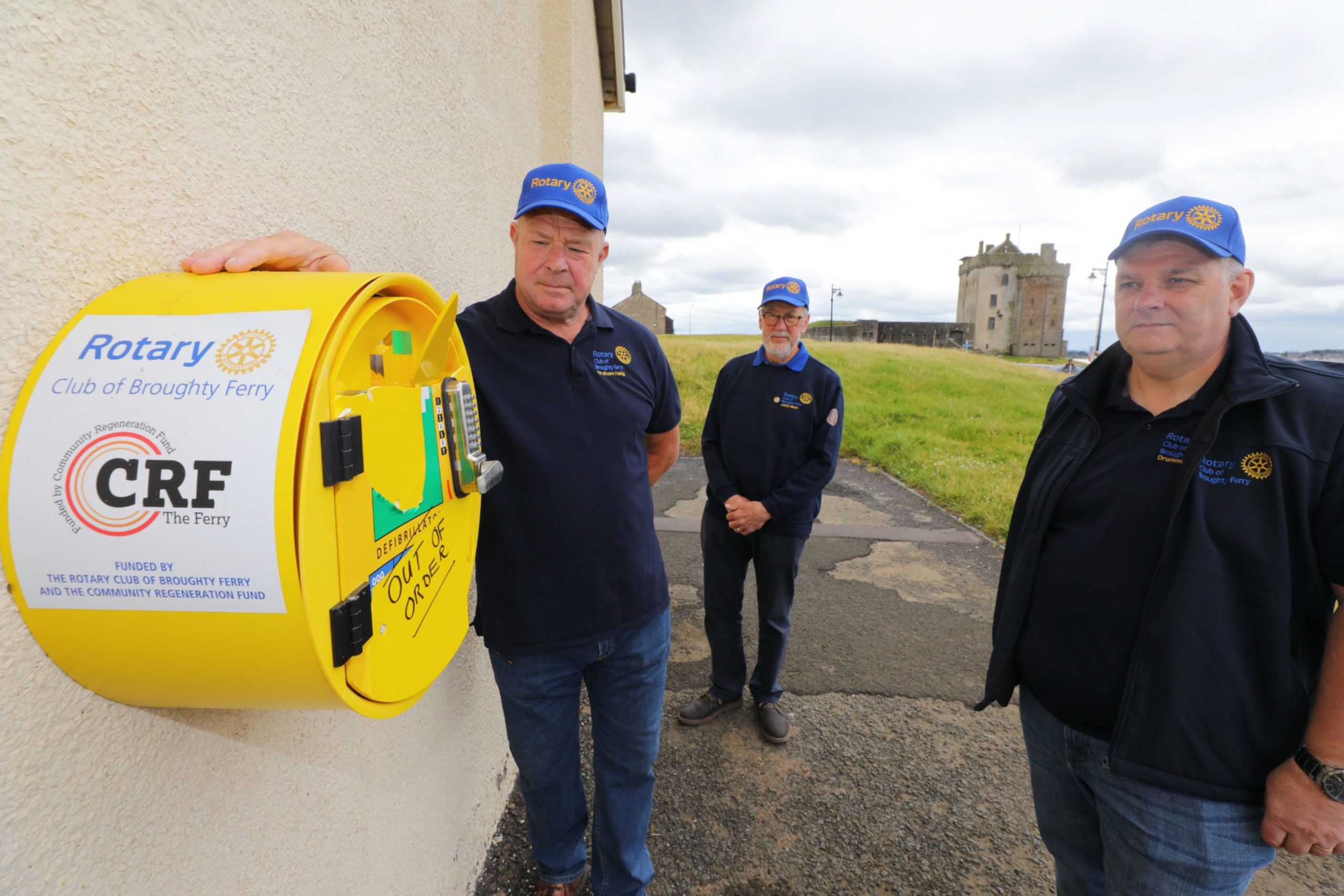 The rotary club has been inundated with offers of support after the defibrillator was vandalised. (Picture: Dougie Nicolson / DCT Media.)
