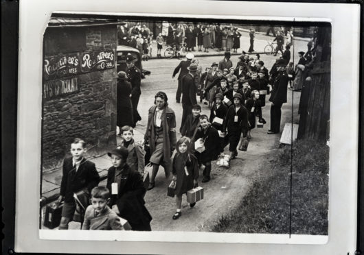 It is hoped the virtual reality will let people walk the streets of 1930s Tipperary, like this photograph taken from the DC Thomson archives