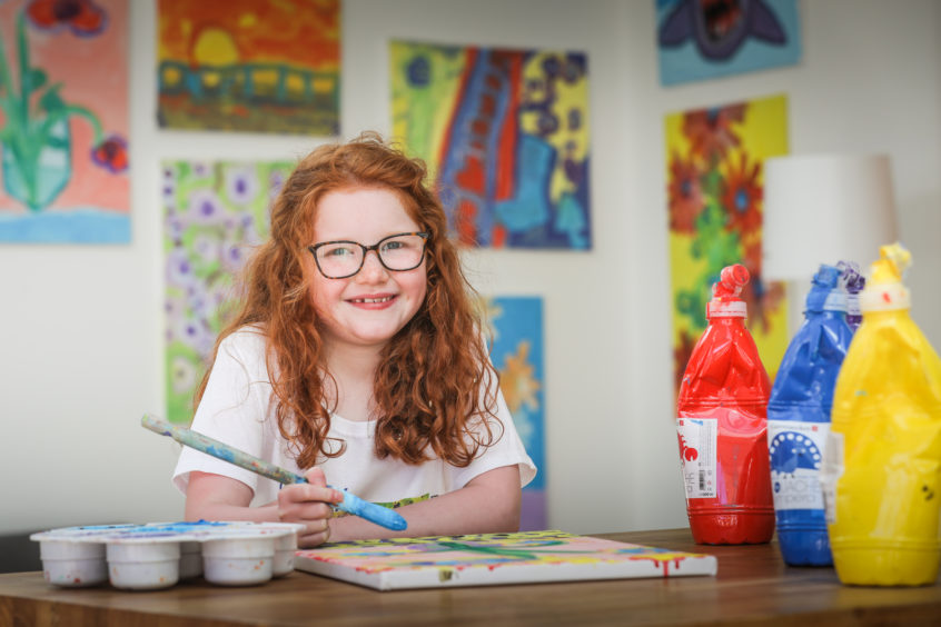 'Monet' no object for young Dundee painter whose T-shirts are raising cash for vulnerable children - Evening Telegraph