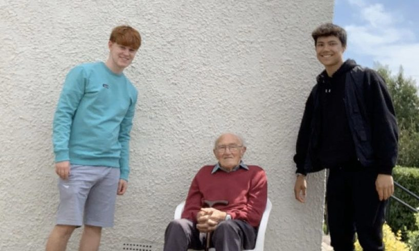 Pictured from left is Ewan Stewart, Richard and Su-Rui Liang.