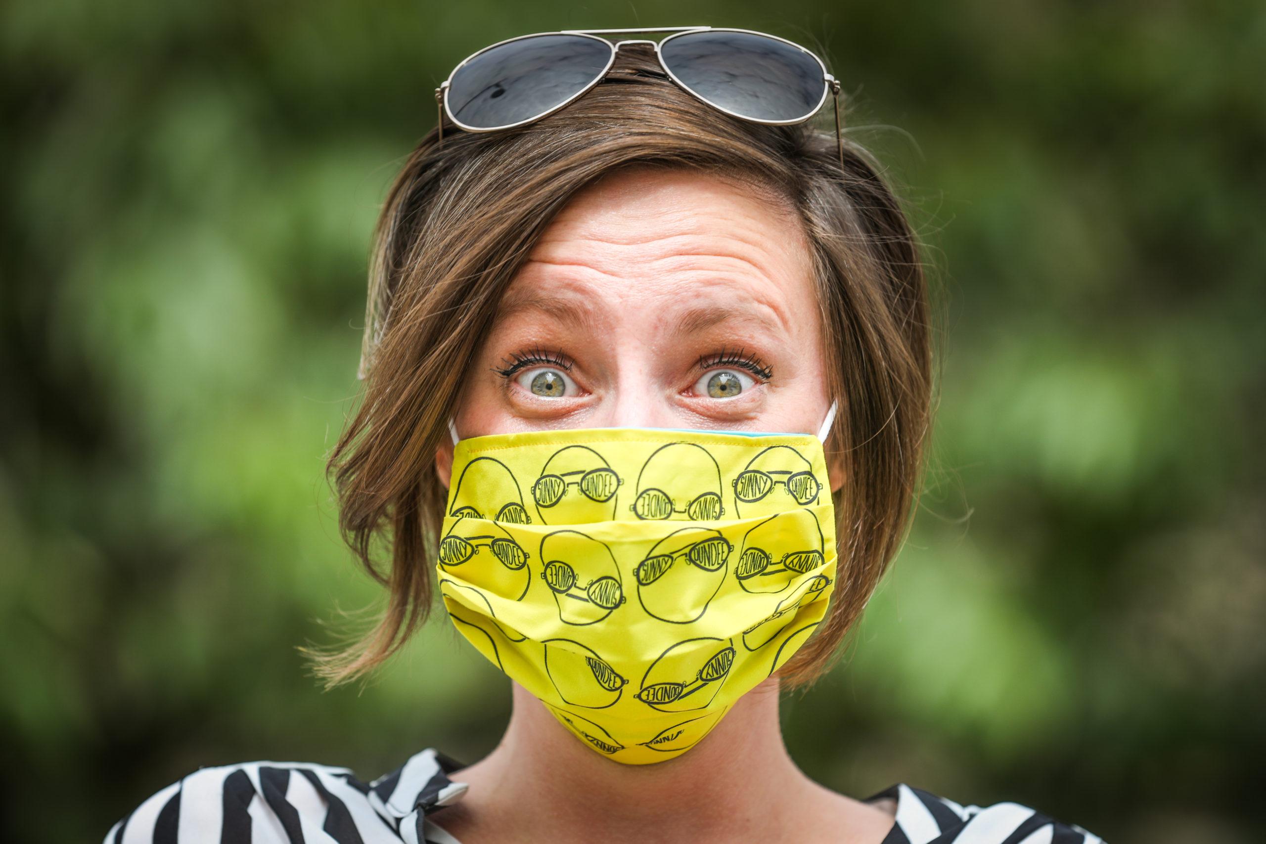 Illustrator Pamela Scott designed #SunnyDundee masks for the city council.