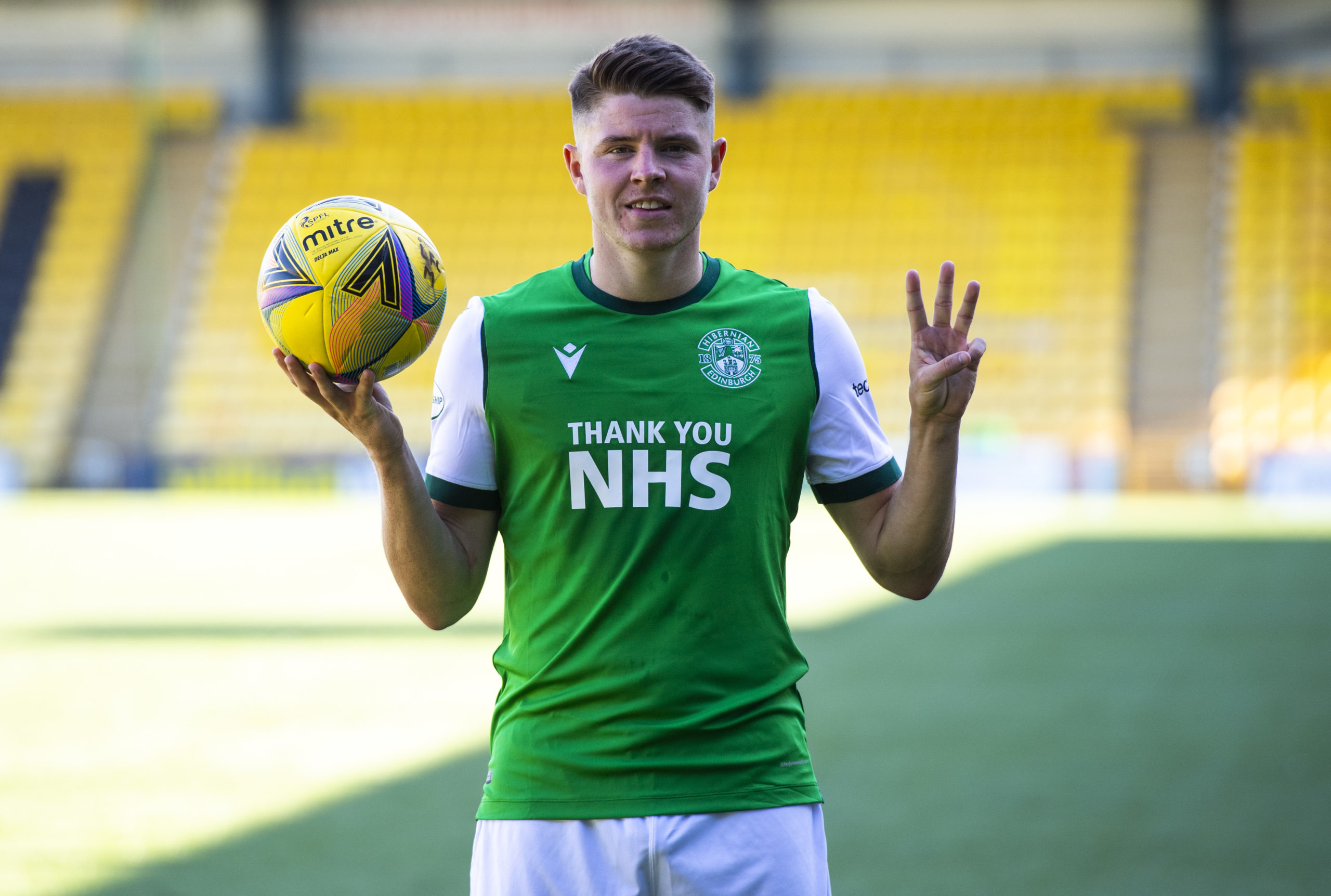 Former United target Kevin Nisbet bagged a hat trick for Hibs at Livingston.