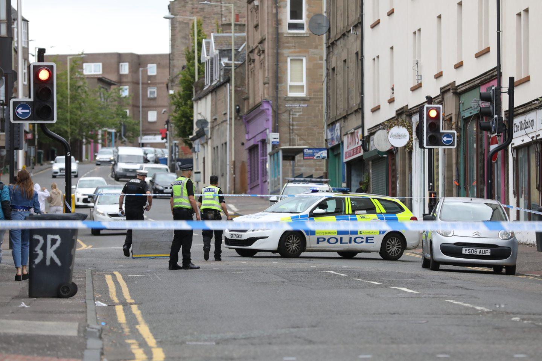 Police Incident - Alexander Street Dundee Pic Gareth Jennings GJen