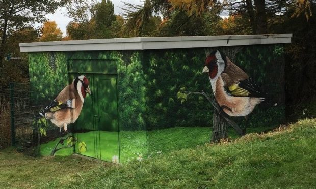 The stunning mural at the substation in Magdalen Green. Photo courtesy of Fraser Macpherson and Russell Pepper.