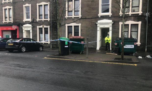 To go with story by James Simpson. Two woman arrested in connection with a robbery. Picture shows; Police at the scene of an alleged robbery. . Dundonald Street, Dundee.. James Simpson/DCT Media Date; 12/12/2020