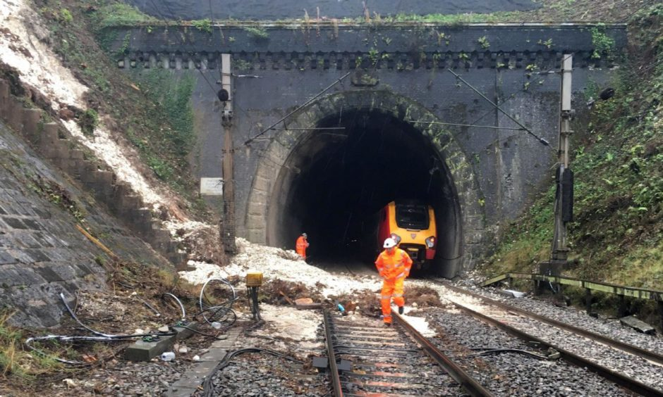 Workers at the landslip near Watford Junction station in 2016