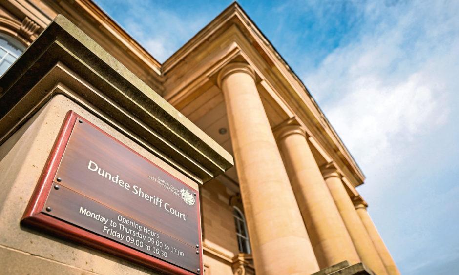 George Scott Dundee court