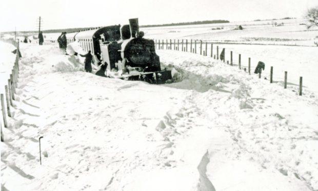 A train in the snow near Auchterhouse in 1947.