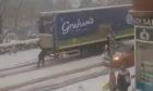 Cowdenbeath pushing lorry snow