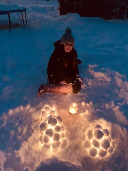 Emily Farningham aged 10 making Finnish snow lanterns in Dundee.