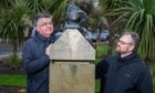 Lemmings programmers Russell Kay and Mike Dailly with the statues on Perth Road.