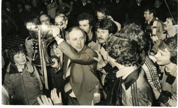 Jim McLean surrounded after Dundee United's 1979 League Cup triumph.