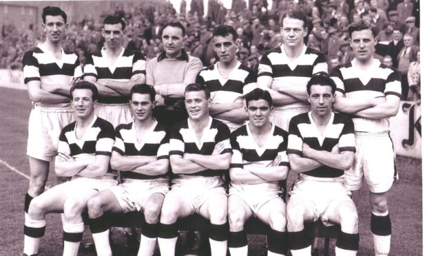 Duncan Young is pictured in this United line-up, immediate left on the back row.