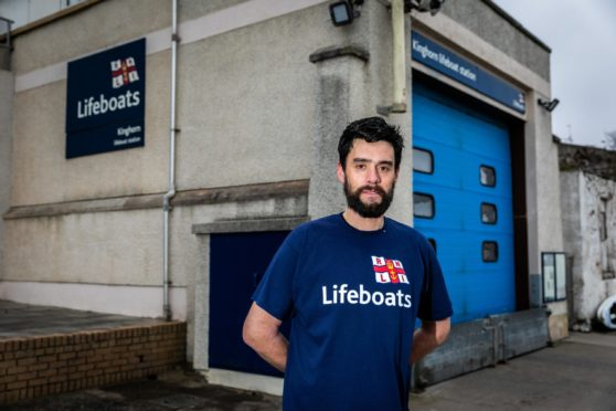 Kinghorn RNLI crew member, Ralph Johnson, aims to run the equivalent of two marathons