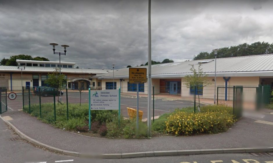 Councillors in Angus have agreed to cap the pupil roll at five schools in the region