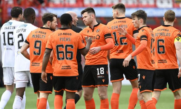 Dundee United celebrate Marc McNulty's early goal.