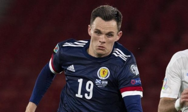 Lawrence Shankland in action for Scotland.