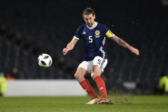 Former Scotland captain Charlie Mulgrew could be set for a move to Dundee United