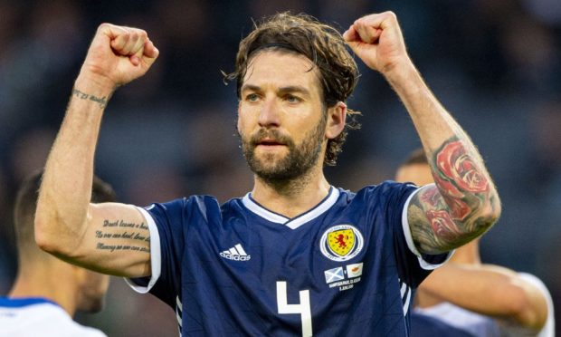 Former Scotland star Charlie Mulgrew is a transfer target for Dundee United.