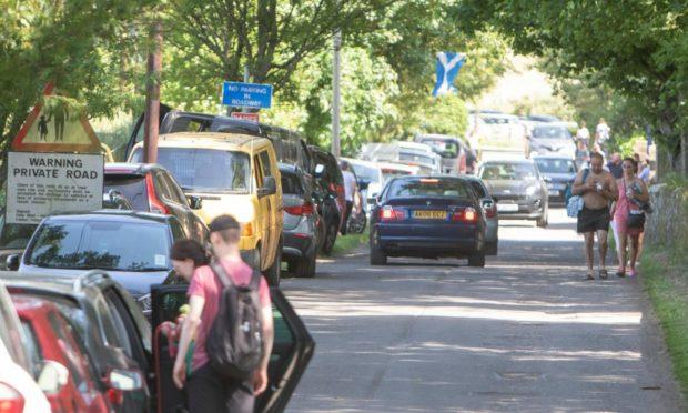 Traffic chaos at Lunan Bay.
