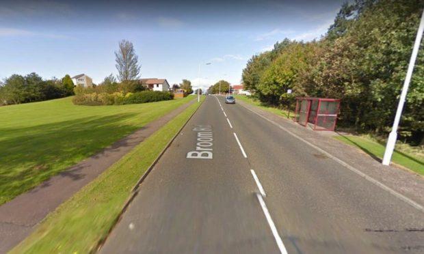 Broom Road ahead of road works in Kirkcaldy