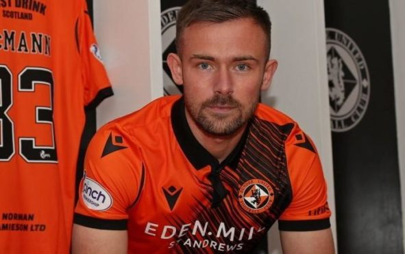 Scott McMann has joined Dundee United from Hamilton Accies.