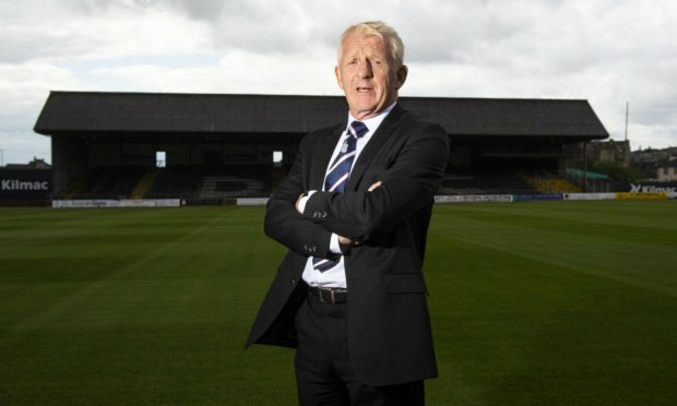 Gordon Strachan has been given the green light to carry out his roles at Celtic and Dundee.