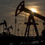 Oil drops as Saudi produces above output cap