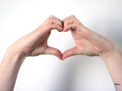 A heart-healthy lifestyle reduces the risk of cognitive decline, a report suggests.