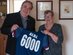 Alex Salmond with Moira Brown, Alba's 6,000th member (Alba)