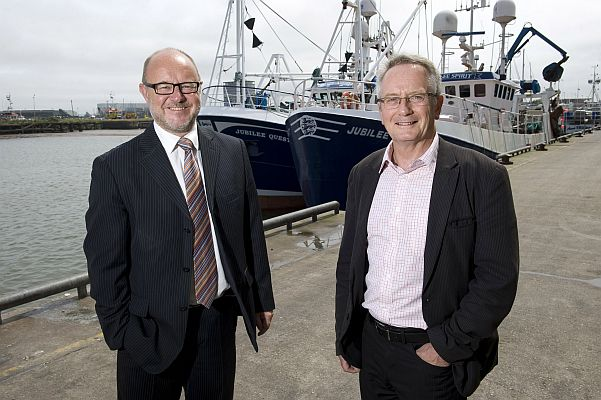 Left-right: Simon Dwyer, managing director of Seafox Management Consultants Ltd, with Nicholas Riley, senior lecturer, School of Engineering, University of Hull.