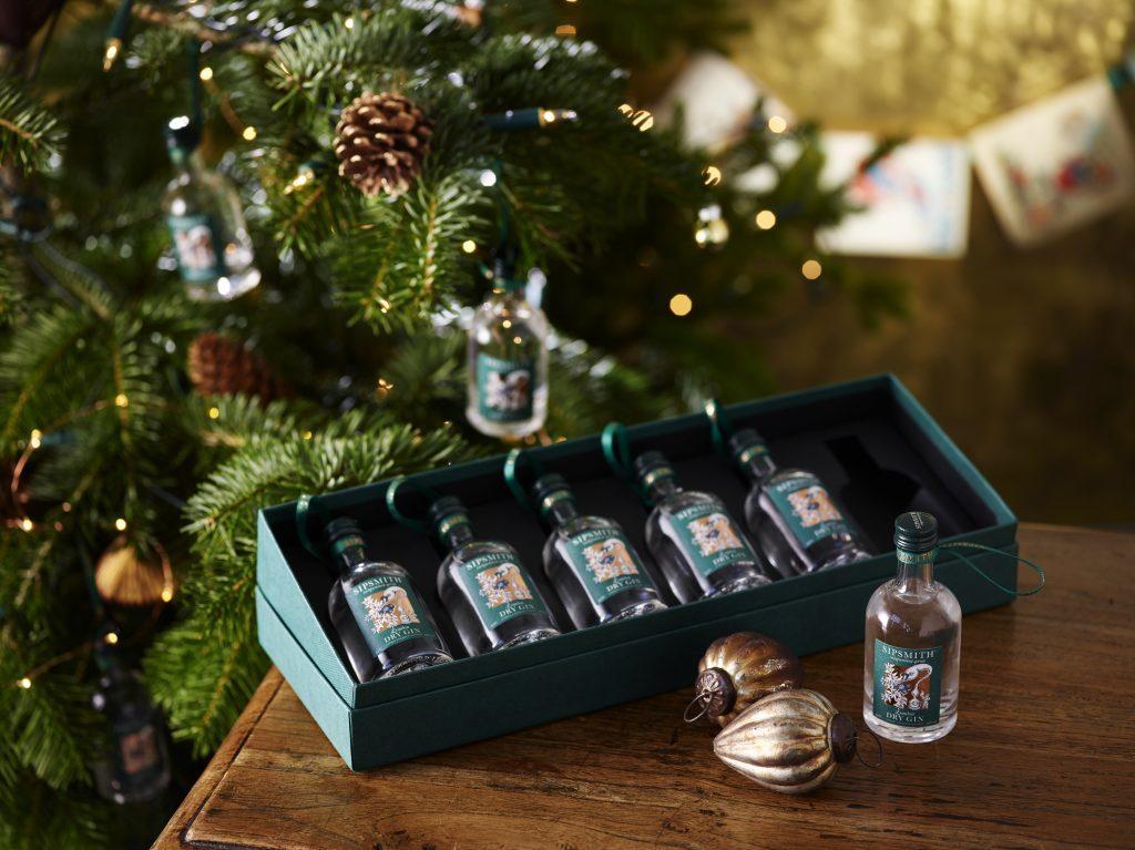 7 gin Christmas tree decorations everyone can appreciate   Gin Kin