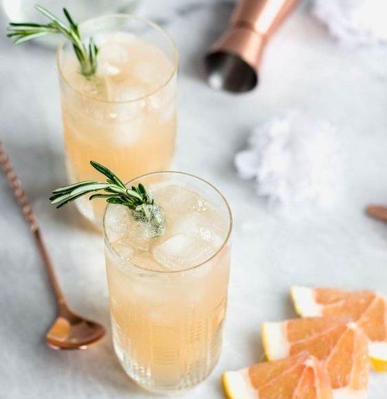 Isle of Harris Gin Tea cocktail