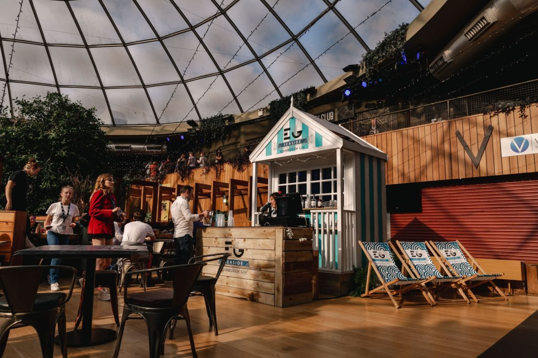 Featured Image for Edinburgh Gin Have a Pop-Up Beach Hut Bar at the Fringe That You Need to Visit