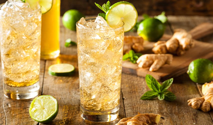ginger gin cocktail