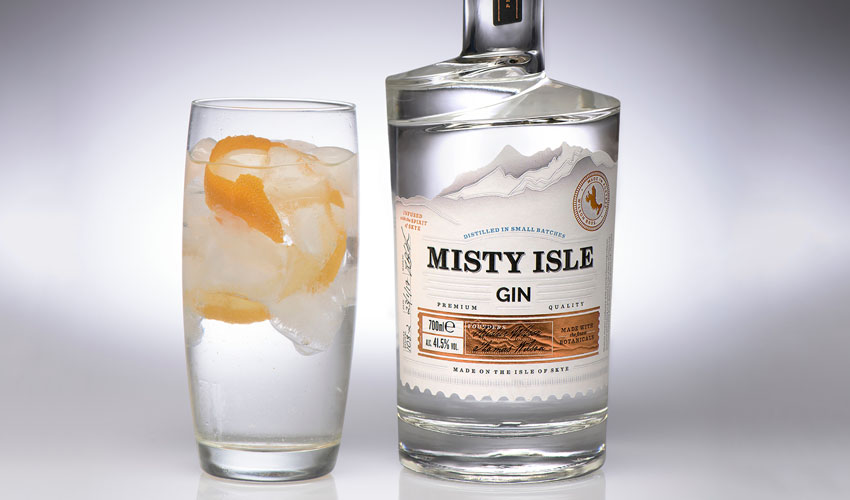 Featured Image for Review: Misty Isle Gin
