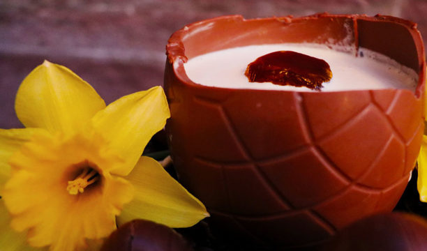 This Gin-Infused Easter Egg Cocktail Is a Cracking Good Idea