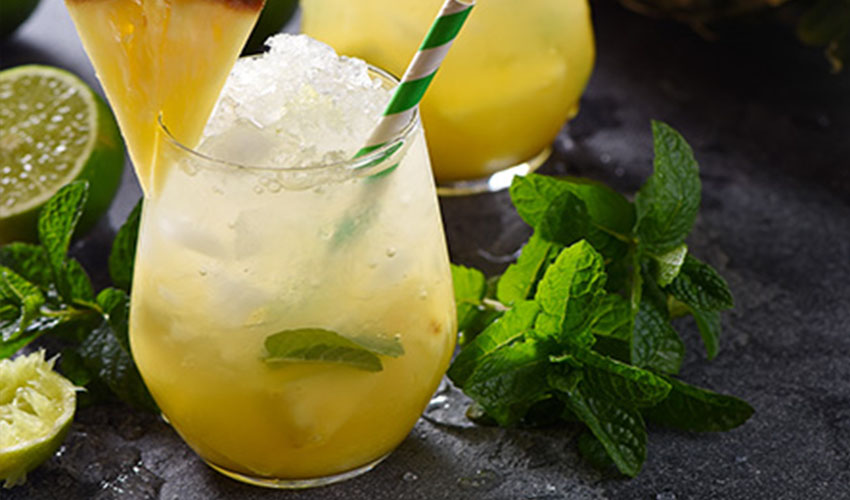 pineapple gin fizz