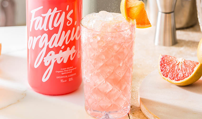Featured Image for This Pink Grapefruit Fizz Is a Holiday at Home in a Glass