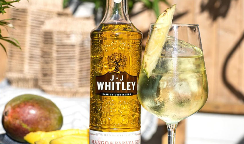 jj whitley mango & papaya gin