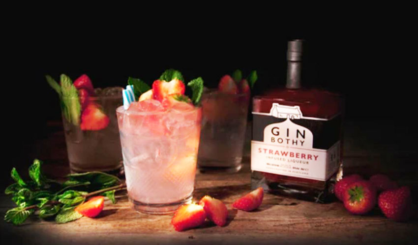 Featured Image for Summer Is Made for Sweet and Juicy Strawberry & Rose Gin Daquiris