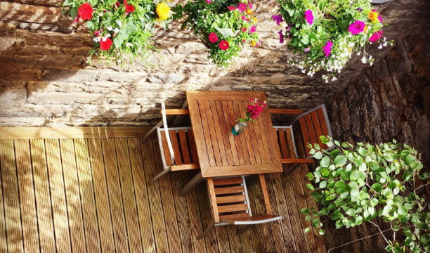 An Edinburgh Restaurant Has Opened a New 'Secret Gin Garden' to Enjoy Cocktails in a Safe Space