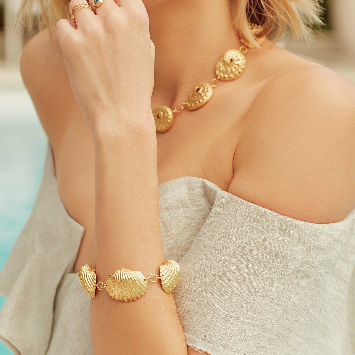 Get £25 Off Summer Accessories! Click For The Code…