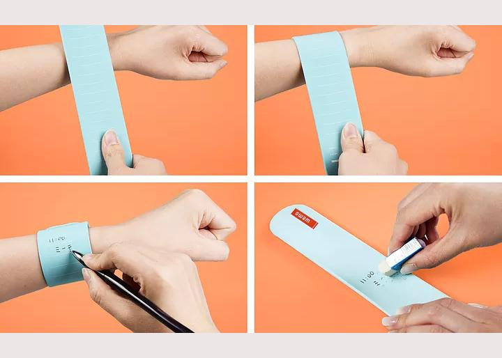 wearable notepad
