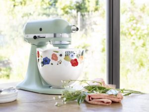 kitchenaid spring mixing bowl range